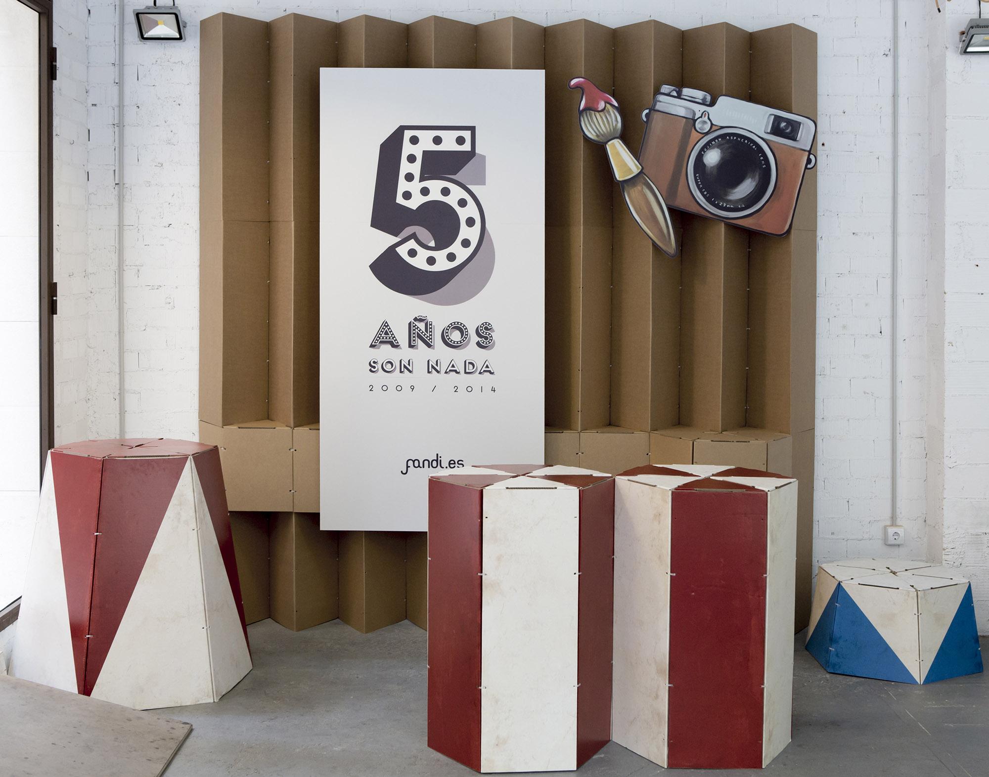 Comunicación gráfica para el 5º Aniversario del estudio de fotografía e ilustración Fandi.es